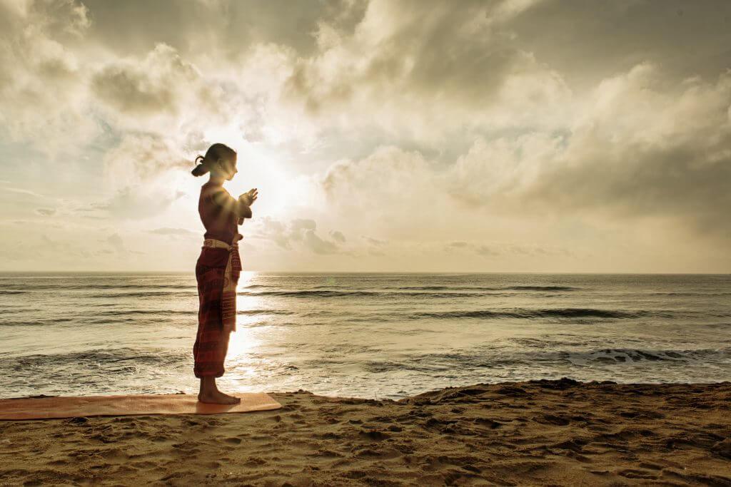 3 Tehnici de Pranayama care te vor lăsa într-o stare deplină de fericire